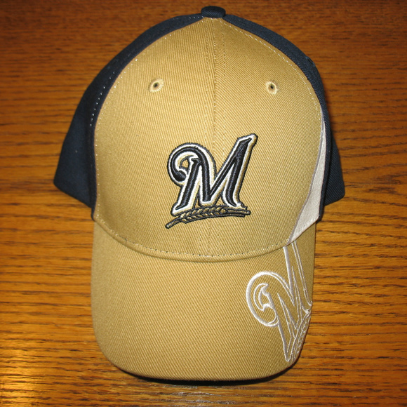 Milwaukee Brewers Baseball Cap Youth. NWT. MLB 880279df6e81